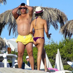 Ronaldo caught on the beach by a photographer