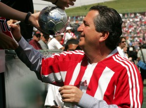 Chivas owner Jorge Vergara sacked Cruyff