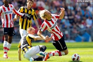 Bad challenges can change a match (Image from PSV.nl)
