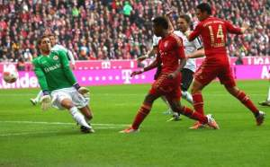 Bayern Munich take the lead against Frankfurt (Image from Goal.com)