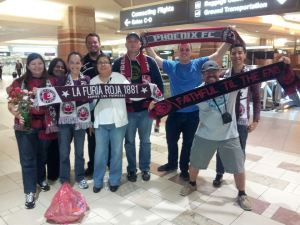 Phoenix fans welcome Mackie at the Airport(Image from Phoenixfc.com