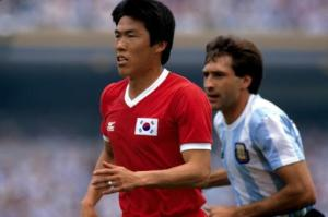 Cha Bum Kun stars for South Korea in the 1986 World Cup (Image from Reuters)