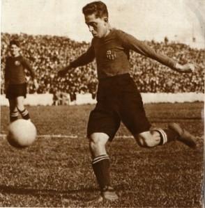 Barcelona legend Paulino Alcantara (Image from PA)