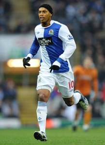 Lofty plans to bring Ronaldinho to Blackburn never materialized (Image from Daily Mail)