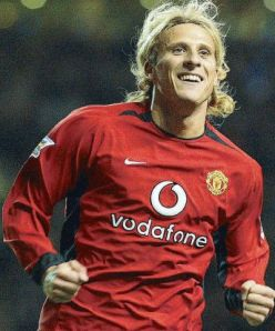 Forlan during his United days (Image from Getty)