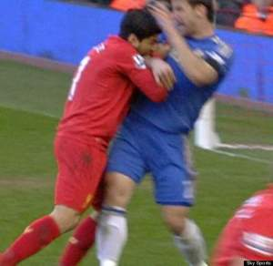 Suarez sinks his teeth in  (Image from SkySports)