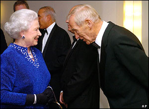 Trautmann OBE - Her Majesty award Bert the OBE  (Image from AP)