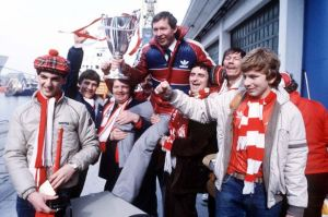 Ferguson with the fans and Cup Winners Cup (Image from Daily Record)