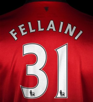 Fellaini signs for United (Image from MUFC)
