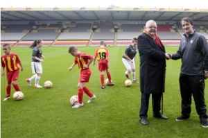 Colin Weir and Gerry Britton at Patrick's new youth Academy  (Image from The Herald)