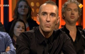 Ricksen announces that he has MND  (Image from Dutch TV)