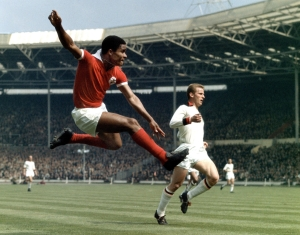 Benfica legend Eusebio in action  (Image from Getty)