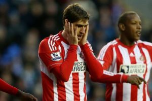 Miss hit - Danny Graham  (Image from Getty)
