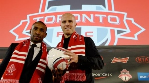 Bloody Big Deal - Defoe and Bradley arrive  (Image from CP)