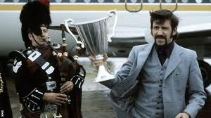 Legend John Greig brings the Cup Winners Cup back to Scotland  (Image from Getty)