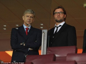 Next Arsenal manager? Klopp talks with Wenger at the Emirates (Image from Arsenal FC/AFP)