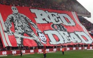 Red or Dead - Standard Liege fans show Defour exactly how they feel  (Image from Getty)