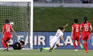 Carli Lloyd strikes against China to send the US through  (Image from Getty)
