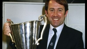 Howard Kendall with the European Cup Winners Cup trophy (Image from Getty)