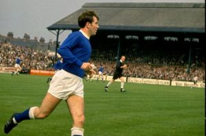 Howard Kendall playing for Everton in 1968  (Image from Getty)