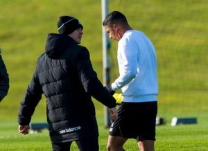 Izaguirre leaves training to get stitches for his cut  (Image from SNS Group)