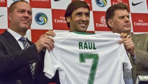 Raul signs for New York Cosmos  (Image from Getty)