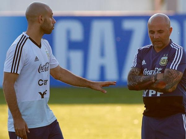 1529906441-Javier-Mascherano-denies-rift-between-Argentina-players-and-coach-Jorge-Sampaoli