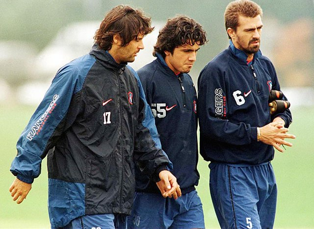 With fellow Italians Rino Gattuso and Sergio Porrini (Image from Marco Negri)