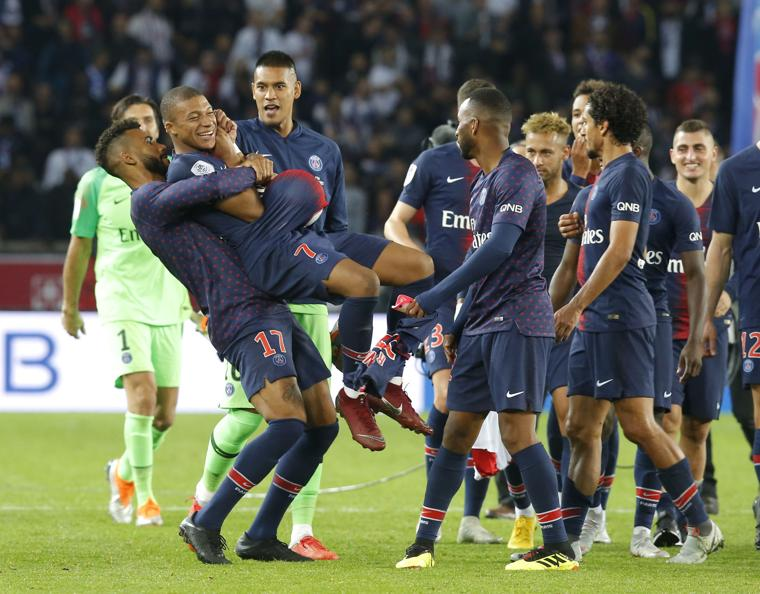 Mbappe is slowly becoming the star at PSG much to Neymar's disappointment (Image from Tumblr)