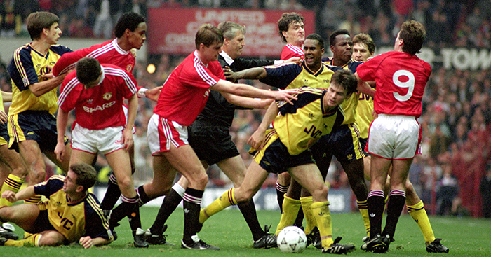 Soccer - League Division One - Manchester United v Arsenal