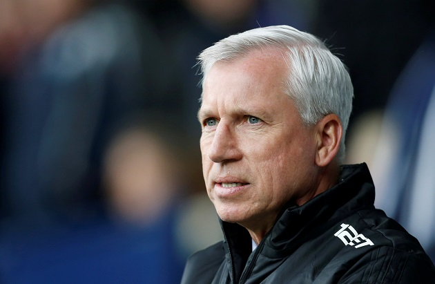 Alan Pardew took a gamble in moving to Holland, one that shouldn't pay off (Image from Tumblr)